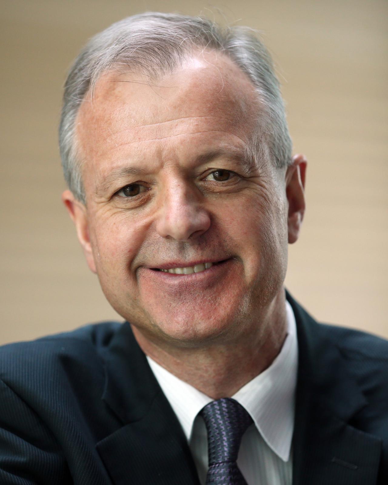 Robert Scales, PhD